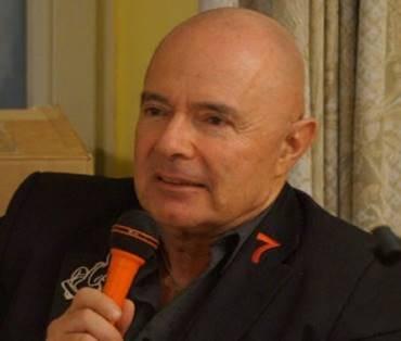 Interview mit dem Autor und Verleger Alexander Günsberg